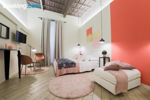 Apartamento bonito dos personas, en zona céntrica