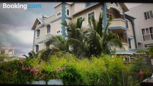 Stay in Baie du Tombeau with internet.