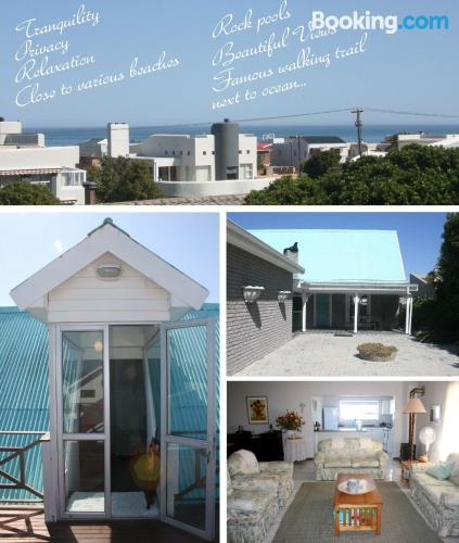 One bedroom apartment apartment in Hermanus with terrace.