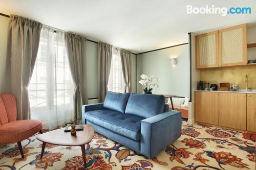 Homey apartment in central location of Paris.