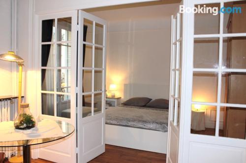 Cuco apartamento parejas con internet