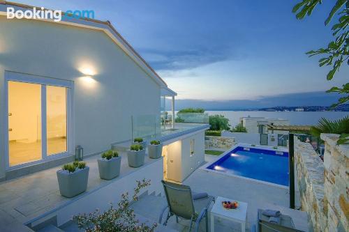 Apartamento con piscina en Crveni Vrh.