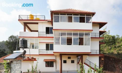 Apartamento con conexión a internet en Madikeri