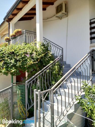 Amplio apartamento en Petrovija.