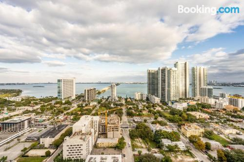 One bedroom apartment. Miami experience!