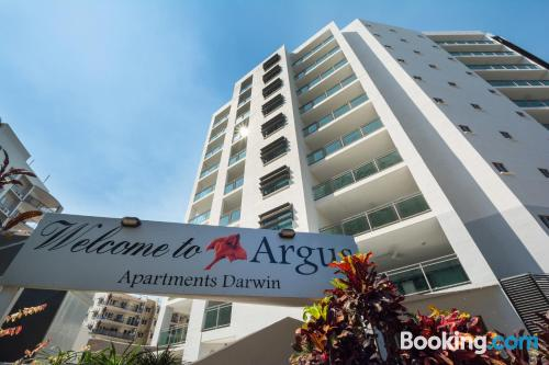 Apartment for 2 people in Darwin. Internet!.