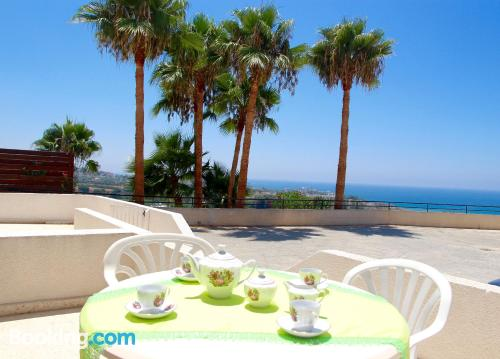 Two rooms apartment in Kissonerga with wifi and terrace.
