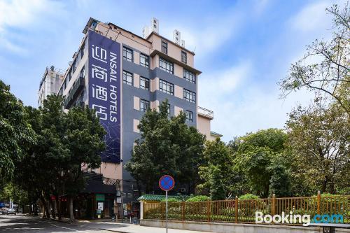 Apartamento para dos personas en Cantón con wifi