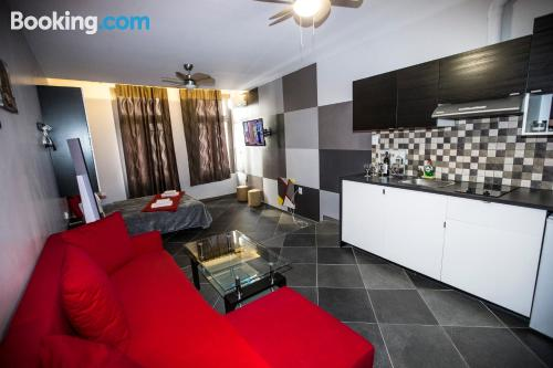 Apartment in Athens with heat and internet