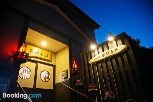 Apartamento bien ubicado con terraza en Uji