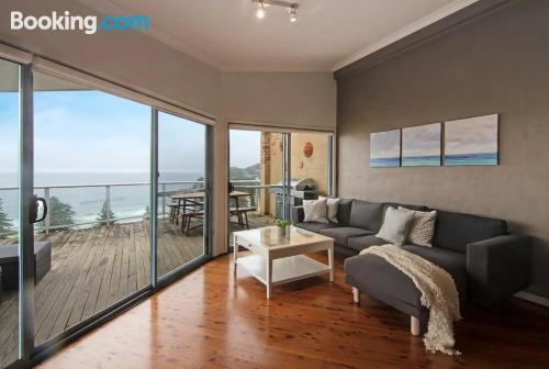 Cozy apartment in Avoca Beach. Ideal for groups