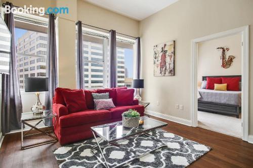 Amplio apartamento de dos habitaciones en New Orleans
