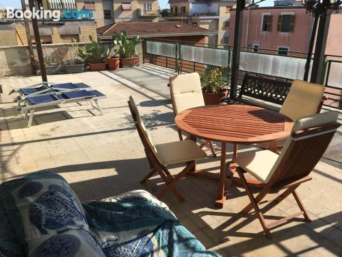 1 bedroom apartment place in Rome. Air!.