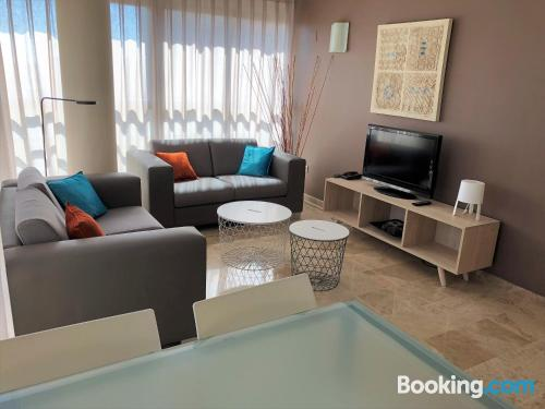 Apartment in Valencia. Be cool, there\s air!
