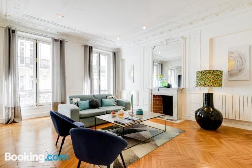 94m2 de apartamento perfecto para cinco o más.