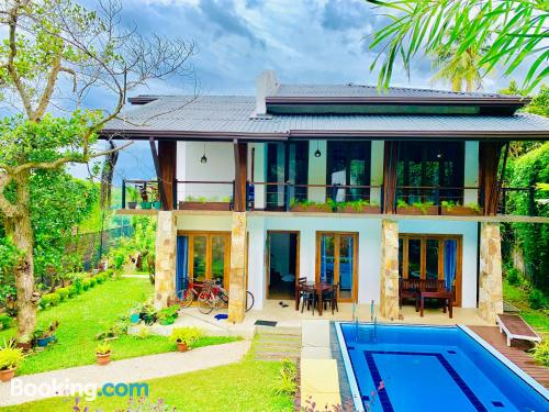 233m2. Family place with terrace and wifi