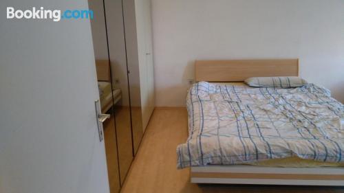 Apartamento con terraza con wifi.