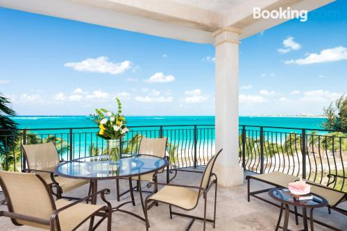 105m2 home in Grace Bay. Perfect!