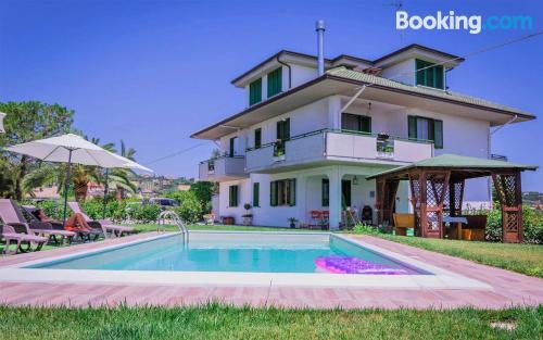 Apartamento para dos personas en Monteprandone con terraza