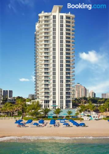 Place in Sunny Isles Beach with internet