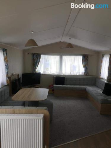 80m2 apartment in Burmarsh perfect for families.