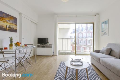 Bonito apartamento en buena ubicación en Biarriz.