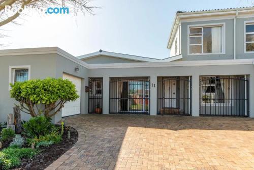 Apartamento de una habitación en Ciudad del Cabo. ¡internet!.