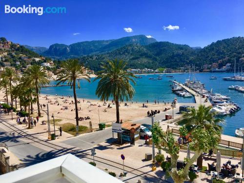 Stay cool: air home in Port de Soller with wifi