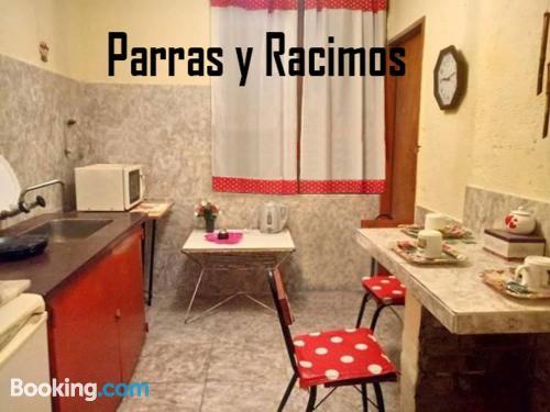 Apartamento en Godoy Cruz con calefacción y internet