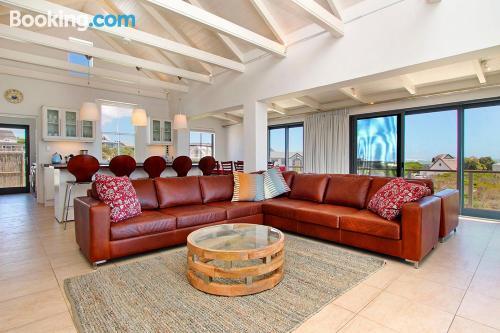 Appartamento con piscina. Perfetto per 5 o più