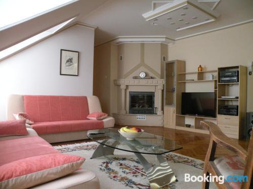Apartamento de dos dormitorios en Subotica. Perfecto para cinco o más