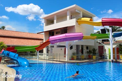 Small home for two people. Enjoy your pool in Melgar!