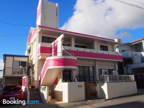 Apartamento de 70m2 en Yomitan con piscina