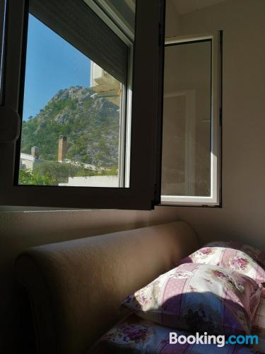 Home in Sutomore with internet and terrace.