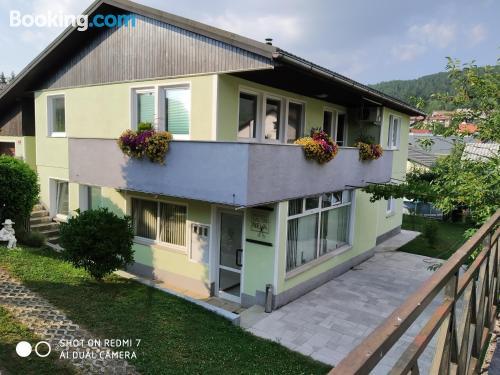 Apartamento bonito en Cerknica con terraza.