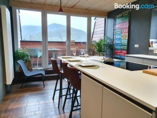Apartamento de dos habitaciones en Profondeville ¡con terraza!.