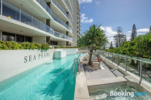 Gigante apartamento con piscina