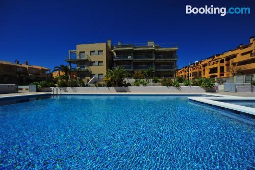 Apartamento con piscina ideal para grupos