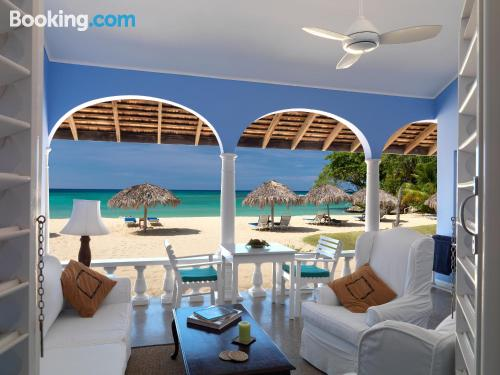 Apartment for couples in Ocho Rios. 185m2!