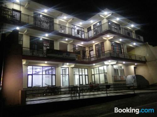 Apartamento para dos personas en Dharamshala con internet y terraza