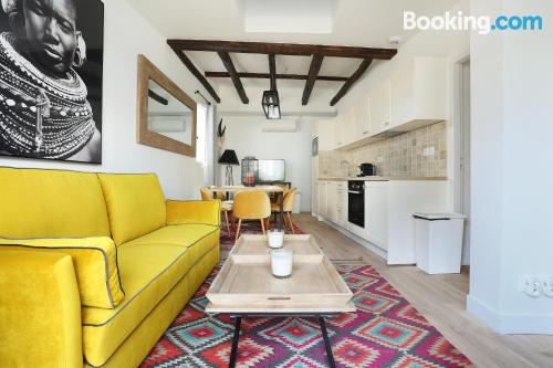 One bedroom apartment in Paris. Baby friendly