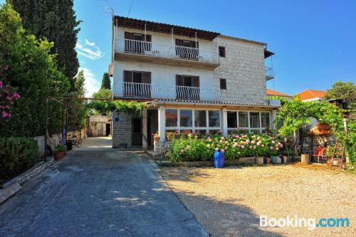 Espacioso apartamento en centro en Sutivan