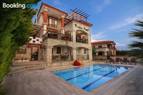 Stay cool: air home in Alacati for 2