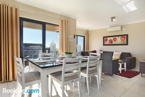 1 bedroom apartment in Cape Town with heat and wifi