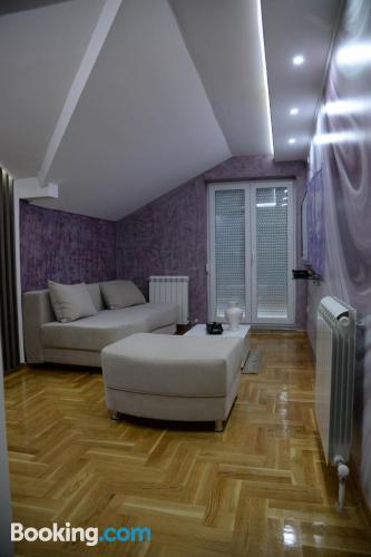 Apartamento con conexión a internet ¡Con terraza!