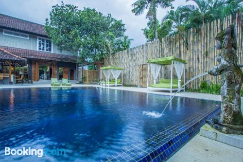 Stay cool: air home in Ubud with swimming pool.