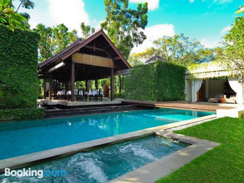 Apartamento con piscina. ¡120m2!