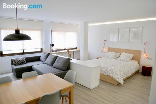 Stay cool: air-con home in Valencia in downtown