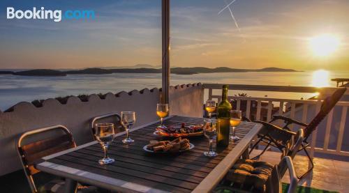 Apartamento con terraza en Hvar