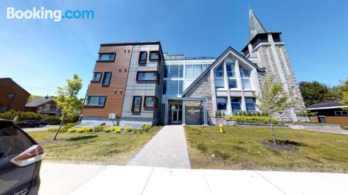 One bedroom apartment in Ottawa with internet and terrace